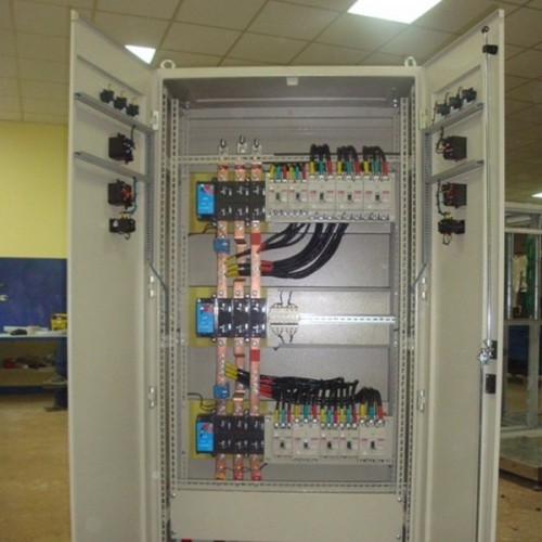 Щитова РУ-0,4 кВ з системою компенсації реактивної потужності, кондитерська фабрика «АВК»